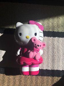 Hello kitty piggy bank