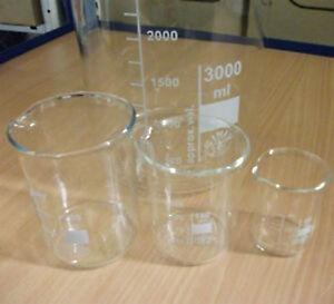 Labor Becherglas mit Teilung und Ausguß, hohe / niedere Form versch. Größen, Neu