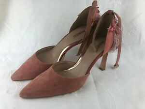 MIMCO LADIES SHOES - VERY LITTLE WEAR SIZE 40 WITH EXTRA TIP FOR HIGH HEEL PART