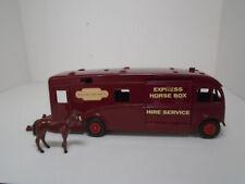 RARE VINTAGE DINKY SUPERTOYS #581-G BRITISH RAILWAYS HORSE BOX RESTORED N MINTY!