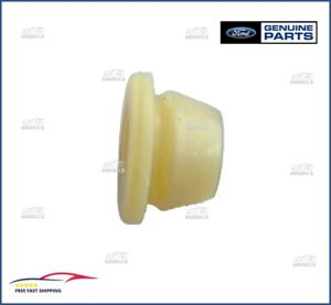 (1) NEW OEM Genuine Ford Bushing Assy CROWN VIC TOWN CAR BRONCO EOAZ-7F330-A