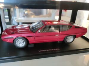 1/18 AUTOart 74503 LAMBORGHINI ESPADA rouge Rosso Granada Neuve / NEW