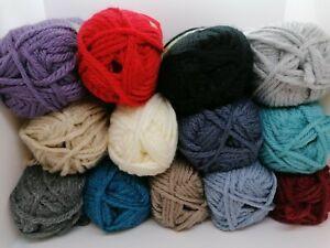 James C Brett Amazon Super Chunky 100g Balls 80% Acrylic 20% Wool