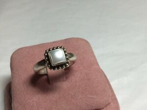 Silpada Sterling Silver Button Frame Mother Of Pearl Ring Size 7 R1617 Retired