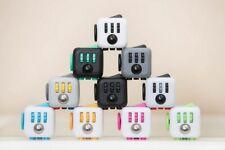 Fidget Cube - Original von Antsy Labs Würfel Ablenkungsspielzeug für die Finger