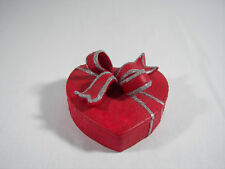 """Red Heart Ceramic Trinket Dish Centerpiece with Bow & Silver Accents 5"""" diameter"""