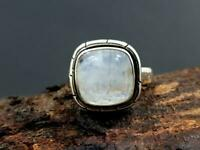 Natural Flashy White Rainbow moonstone 925 Sterling Silver Artisan Ring Jewelry