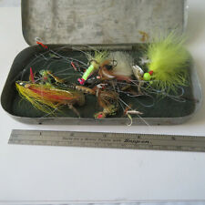 """FLY FISHING LURE  ALUMINUM 6¼"""" X 3""""  FLY BOX WITH  MORE THAN 10 BAITS"""