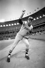 OLD LARGE BASEBALL PHOTO MLB Fred Cambria of the Pittsburgh Pirates 1970 1