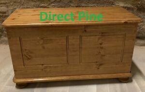 REGENCY PINE OTTOMAN STORAGE/BLANKET BOX/TOYS TRUNK IN OAK LACQUER NO FLAT PACKS