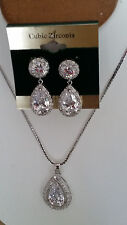 SPECIAL OCCASION BRIDAL PEAR SHAPE CUBIC ZIRCONIA PENDANT NECKLACE & EARRING SET