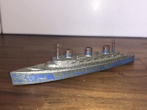 VINTAGE MODEL SHIP - TOOTSIETOY