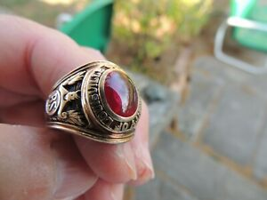 10K Gold & Ruby Louisville College  Men's Class Ring 1951 red  Size 10.50