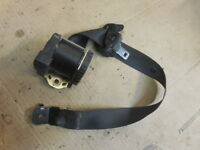 00-06 BMW X5 E53 OEM Rear RH Passenger Seat Belt Retractor 7051518