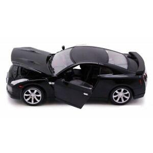 Motormax 1/24 2008 Nissan GT-R (Black) (New)