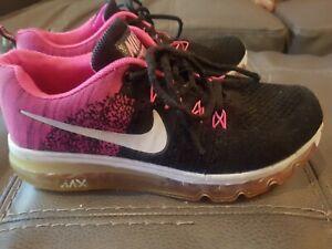 Nike Shoes Womens Size 8