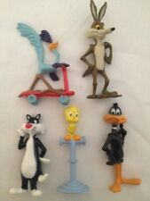 """Loony Tunes Metal Figures 5 in great condition 2-2 1/2"""" tall"""