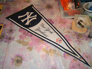 """- NEW YORK YANKEE  PENNANT FROM 2006 PLAYOFFS SIZE 30"""" by 12""""  AROD !"""