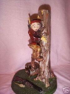 circa1940s COLLECTIBLE!  ITALIAN FOLK ART  Comical Boy Hunter Ceramic  Figurine