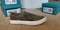 Blowfish Women's cayo Sneaker, pastel gray size  6