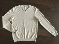 ULTRASOFT AG Made in Italy Cashmere Oatmeal Camel V-Neck Sweater Goldschmeid