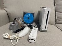 Nintendo Wii Console White Controllers RVL-001 W/Wii Sport Tested