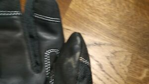Keis X800i dual power heated gloves (size L) (used, good condition)