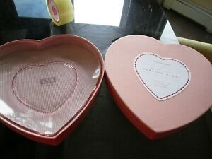 Williams Sonoma Valentine's Day Heart shaped serving plate New in pink Box