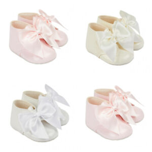 Baypods Spanish Style Baby Girl Large Bow Patent Soft Sole Pram Boot 0-18 Month