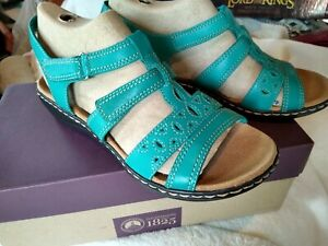 Clark's turquoise leather sandals - NEW in box - size 9.5 W adjustable