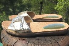 """Naturalizer Women's """"Laurie"""" Gold Patent Leather Sandals Size 6.5M US"""