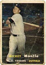 1957 Topps Mickey Mantle hof  card #95  New York Yankees Original