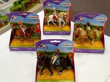 4 X Schleich Pferde und Reiter Horse Club