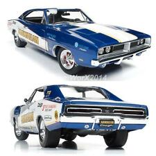 Auto World AW231 - 1969 Dodge Charger Hawaiian Tribute Diecast Car 1:18