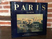 Paris Die Seine Sylvie Genf Foto François Bennett 1986