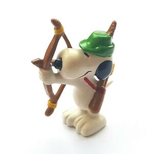 Figurine Schleich Snoopy Peanuts United Features Hong Kong Archer 2 3/8in