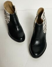 Fortress of Inca Cowhide Shoe Booties Boots Tapestry Size 9