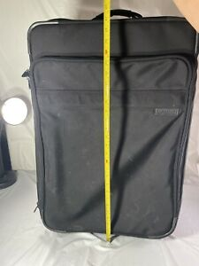 """Briggs and Riley Carry On Rolling Bag Black 27"""" 04-u26s"""