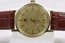 Mechanisch-(Handaufzug) Armbanduhren im Luxus-Stil aus Massivgold mit 12-Stunden-Zifferblatt