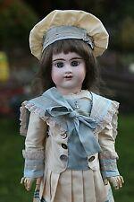 Frühantike Französische  Puppe von  Etienne Denamur 9 Gross (52 cm)