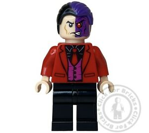 LEGO DC Two-Face Black Shirt Red Tie and Jacket Batcave Invasion 76122 sh594