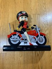 2000 King Features Syndicate Betty Boop AM/FM Radio Riding On A Motorcycle