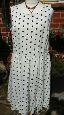 evans dress size 26 white with black  spots