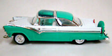1955 Ford Crown Victoria Green/White 1:43 Scale Road Signiture Series New In Box