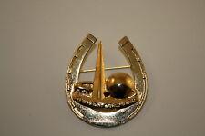 1939 New York World's Fair HORSESHOE Trylon Perisphere Metal Brooch LAPEL PIN