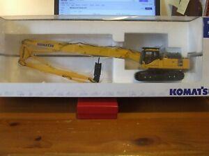 Universal Hobbies UH8011U Komatsu PC450LC Demolition Version, 1:50, excellent
