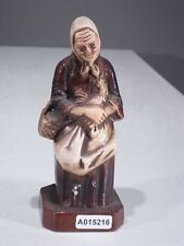 +# A015216 Goebel Archivmuster, Cortendorf Figur, 1816, Alte Bäuerin mit Hahn