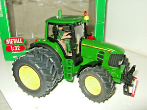 Siku John Deere 7430 farm Tractor Diecast Model in 1:32 Scale, in wrong Box