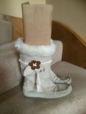 Marks And Spencer Girls Boots Size 3 VGC