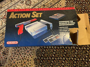 Nintendo Entertainment System NES Action Set w/ Box, Parts Missing, Not Tested